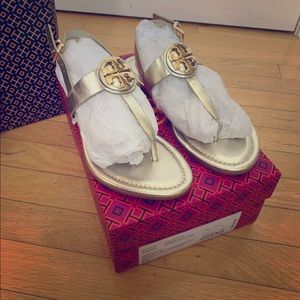 Tory Burch Gold Bryce thong sandals 8.5 new in box